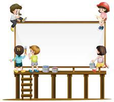 Muitas crianças pintando o tabuleiro