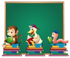 Plantilla de tablero con animales leyendo libros.
