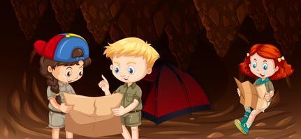 Crianças acampar na caverna