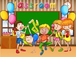 Classroom scen med barn som har fest
