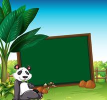 Modelo de fronteira com panda no campo