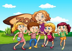 Kinderen bezoeken de dierentuin overdag