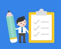 Empresario sostener lápiz con lista de verificación, encuesta y hacer el concepto de lista
