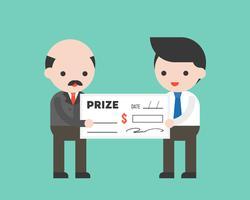 Empresário receber um prêmio de cheque de dinheiro grande do CEO