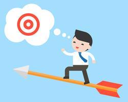 Basamento dell'uomo d'affari sulla freccia di volo che cerca obiettivo di successo