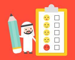 Leuke Arabische zakenman die een gigantisch potlood met feedback van de klant onderzoek