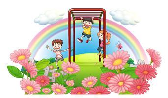 Een park op de top van de heuvels met kinderen spelen