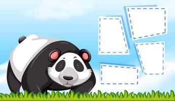 Um panda na nota em branco