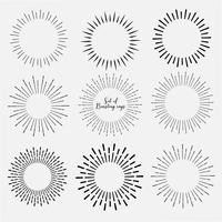 L'insieme dello stile dello sprazzo di sole isolato su fondo bianco, scoppia i raggi vector l'illustrazione.
