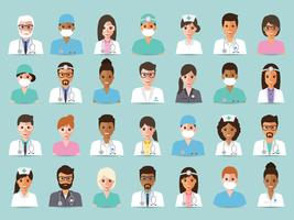 Groep van artsen en verpleegkundigen en avatars voor medisch personeel.