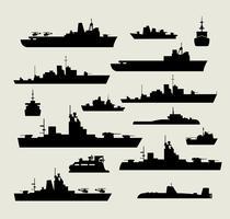 Silhouetten von Kriegsschiffen