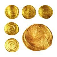 Coleção de tinta pincel ouro círculo isolada no fundo branco