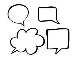 Conjunto de boobles de discurso de vetor monocromático. Conjunto de quadros de doodle de mão desenhada para o diálogo com lugar para bolha de texto. Ilustração vetorial