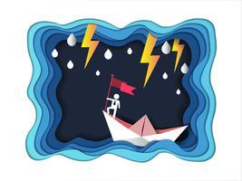 Konzept des Erfolgs, Mann auf der Oberseite, die Flagge mit Boot gegen verrücktes Meer und Blitz im Sturm hält.