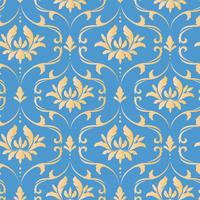 Royal victorian seamless pattern. Damask royal pattern