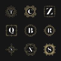 Conjunto de insignias del emblema del monograma. Logo caligráfico vector de ornamento