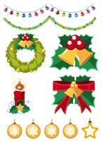 Ornamenti differenti di natale su priorità bassa bianca