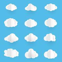 Papierkunst mit Wolke. Wolkenvektorillustration auf Hintergrund des blauen Himmels.