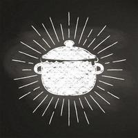 Marque el silhoutte con tiza del pote de ebullición con los rayos del sol del vintage en la pizarra. Bueno para cocinar logotipos, bades, diseño de menú o pósters.