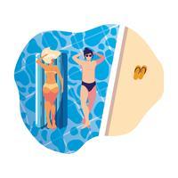 ungt par med flottörmadrass i poolen