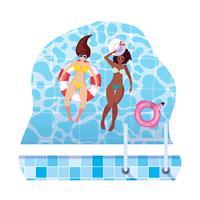 ragazze interrazziali con costume da bagno e bagnino galleggiano in acqua