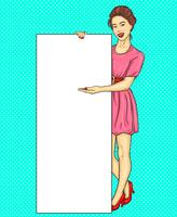 Menina morena de pop art mostrando anúncio banner vertical