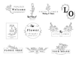 Ensemble de mariage floral dessiné à la main