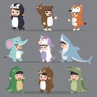 barn karaktärer i djur kostymer Set