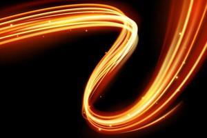 Glödande magisk ljuseffekt och långa spår eldrörelse