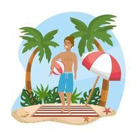 Man i baddräktinnehavstrandboll på stranden