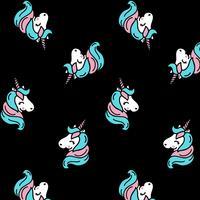 Patrón de unicornio de dibujos animados sobre fondo negro