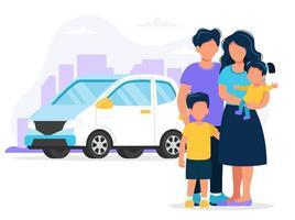 Família feliz com carro e cidade de fundo