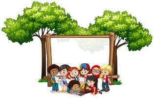 Plantilla de banner con niños debajo del árbol vector