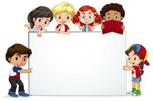 Marco en blanco con niños felices vector