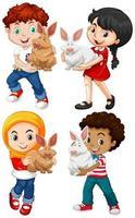 bambini con conigli impostati