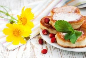 strawberry pancakes photo