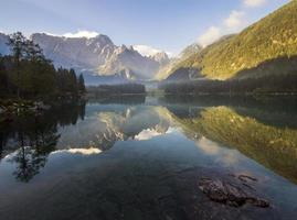 Alpejskie lustro photo
