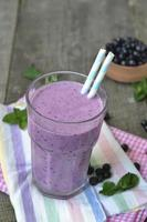 Smoothies with blueberries - a refreshing vitamin drink. photo