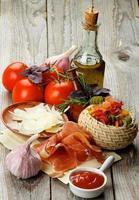 pasta e ingredientes foto