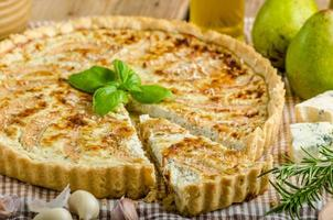 French quiche stuffed cheese and pears