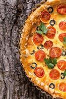 tomatoe and olive tart