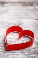 corazón de papel rojo