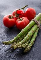 asparagus, tomatoes photo