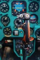 palanca de control de helicóptero foto