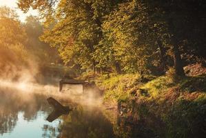 lago de otoño