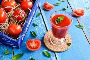 jugo de tomate foto