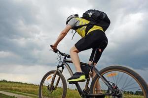 deporte extremo en bicicleta de montaña