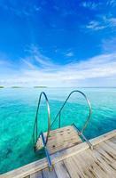paraíso da piscina do mar