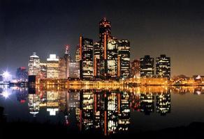 escena nocturna de Detroit