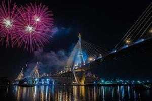 fogo de artifício viva o rei bkk Tailândia